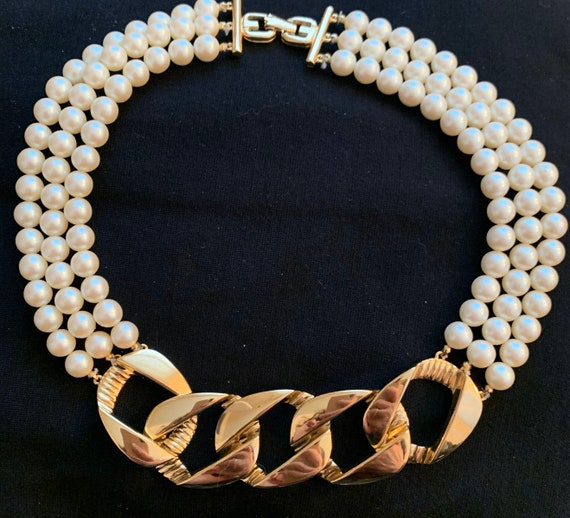 Givenchy Faux Pearl Choker