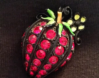 Rhinestone Strawberry Brooch / Pin
