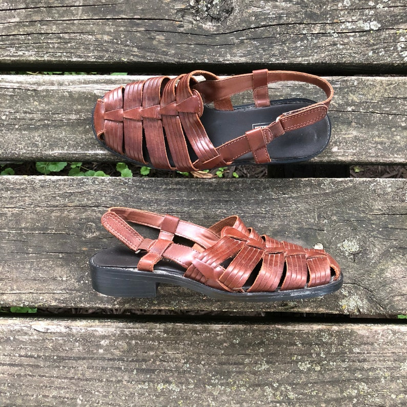 dd928d1e6975 Size 5.5 W Vtg Basic Editions Brown Huaraches Woven Leather