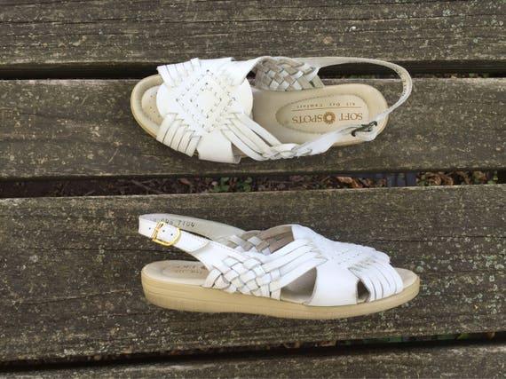 9e43178e3cb79 Size 5.5 White Huaraches Leather Ankle Strap Softspots