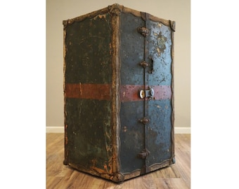 Beau Antique Wardrobe Trunk, Antique Steamer Trunk, Large Trunk, Coffee Table  Trunk, Restoration Hardware, Circus Decor