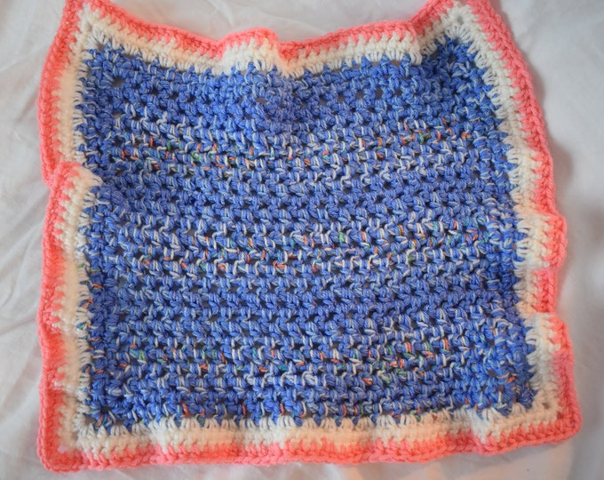 Speckled Periwinkle Blue & Peachy Pink Crochet Cat Mat