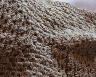 Aran Fleck Cat Mat -- Granny Square Style Pet Blanket
