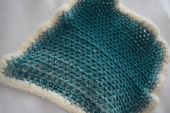 Soft Teal Fade Fuzzy Cat Mat