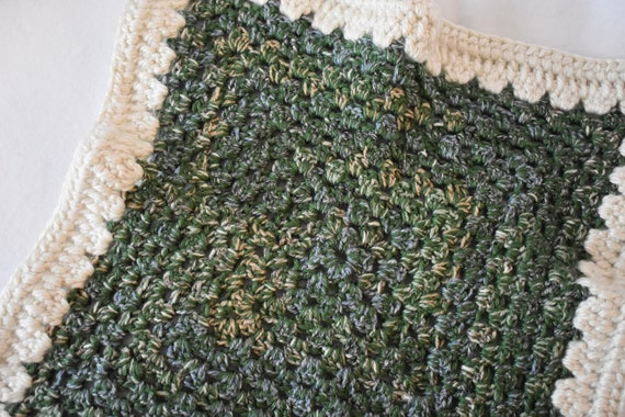 Speckled Forest Green Crochet Cat Mat with Cream Accents