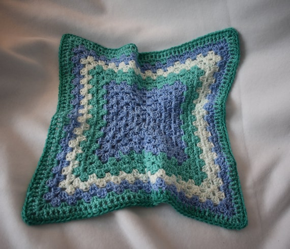Sea Foam Crochet Cat Mat -- Granny Square Style Pet Blanket