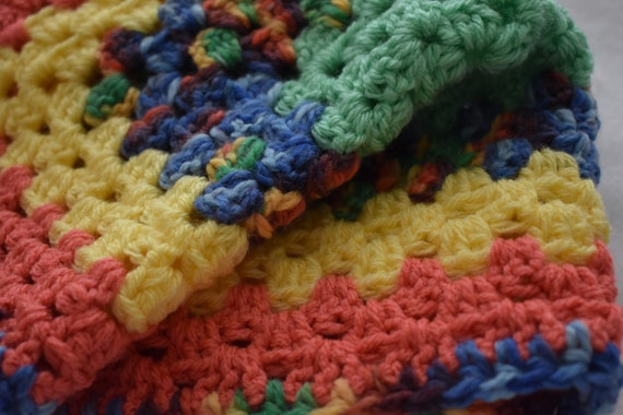 Rainbow Color Block Cat Mat -- Granny Square Style Pet Blanket