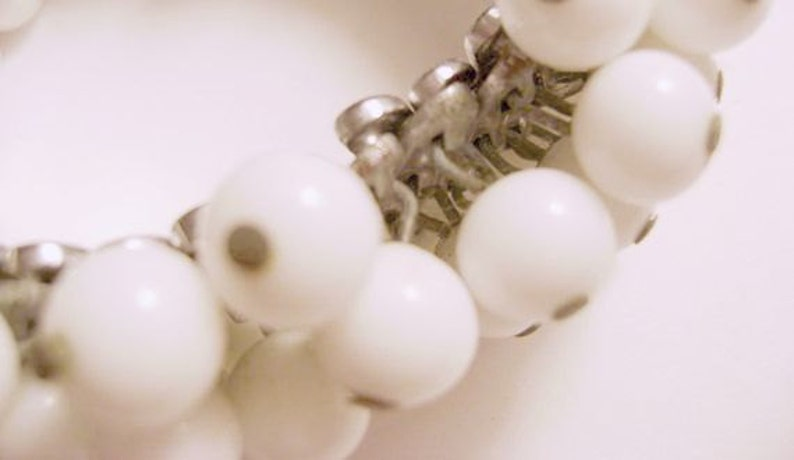 Milk Glass  1940/'s 50/'s Expandable Bracelet Cha Cha Signed Made in Japan Vintage