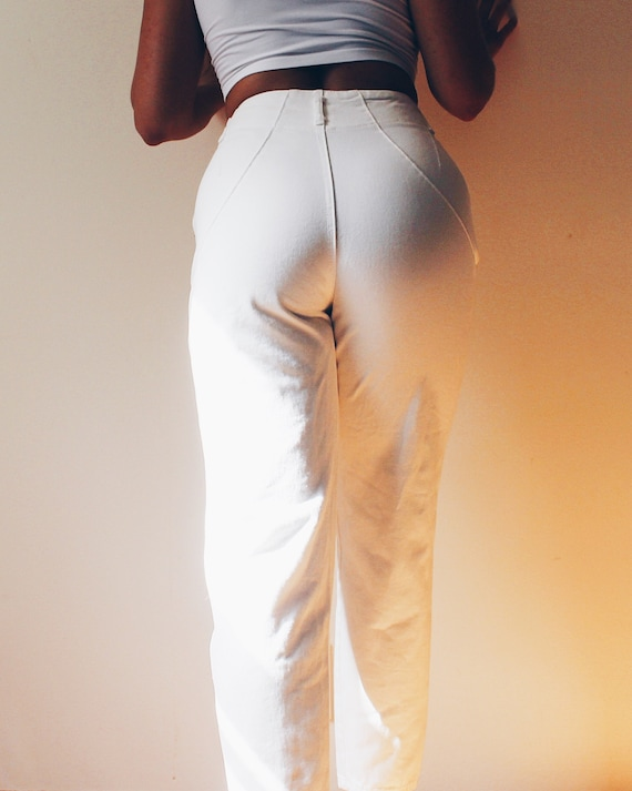 High Waisted White Jeans / 90s Denim pleated  Jean