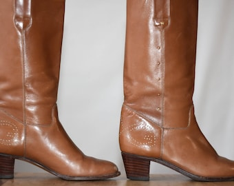 c57dfb6381b Vintage Gucci Leather Boots Brown Leather