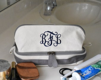63f08b7c30 Personalized Toiletry Bag for Women