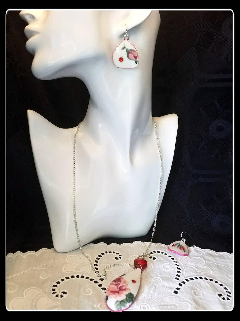 Handmade red rose broken china pendant and dangle earrings