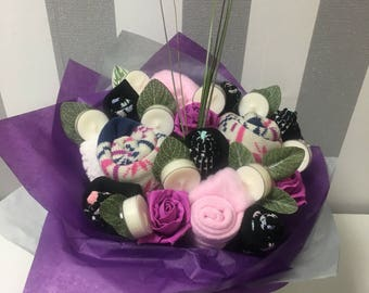 Ladies sock/candle gift bouquet