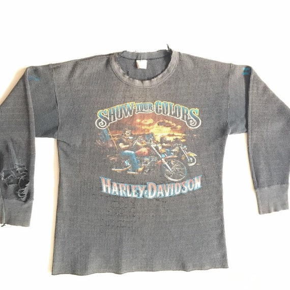 Vtg. Harley Davidson Show Your Colors Longsleeve T