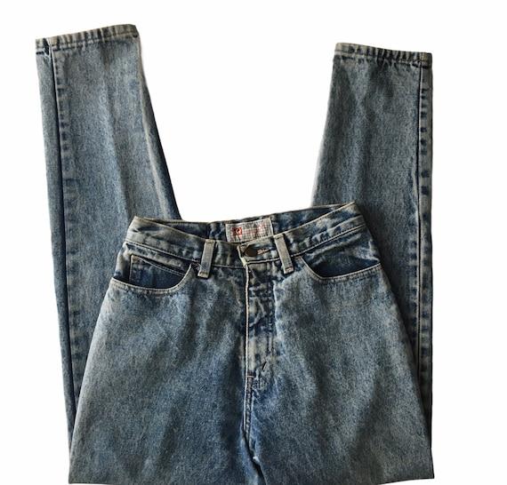 Vtg. 80s High Waist Acid Wash Mom Jeans  26x29 Wai