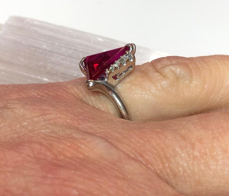 Vintage 10k White Gold Unique Cut Ruby /& Quartz Ring Sz 5 12