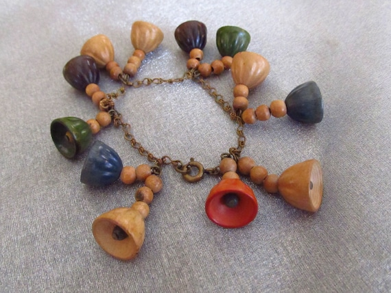MIRIAM HASKELL Wood Stick /& Star Bead Bracelet     SM22