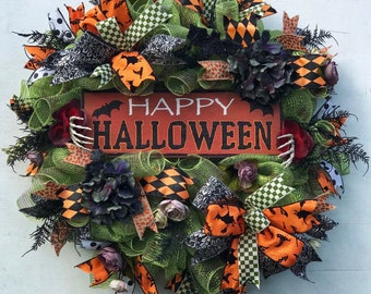 Halloween Wreath, Bat Wreath, Bat Mesh Wreath, Halloween Decor, Skeleton Wreath, Floral Decor, Fall Wreath, Fall Decor, Autumn Wreath