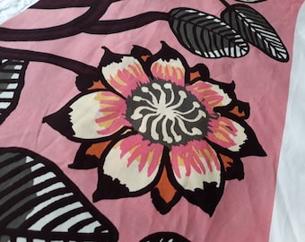 Marimekko fabric Tiara in pink orange, modern floral large scale Scandinavian designer fabric piece