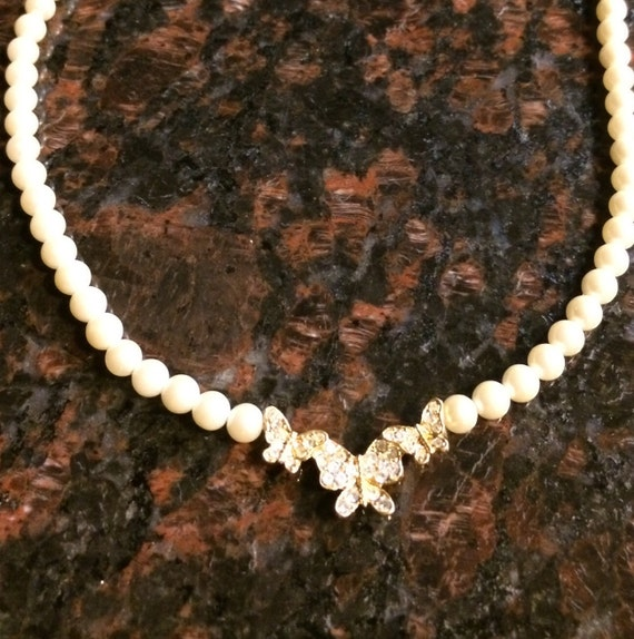Vintage Butterfly Necklace, Pearl Butterfly Neckla