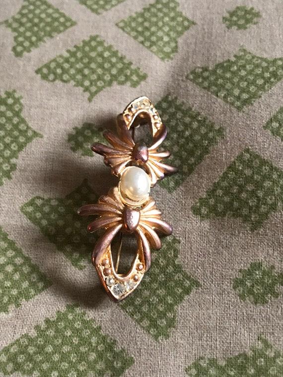 Vintage Pearl Brooch, Gold Brooch, Rhinestone Bro… - image 7