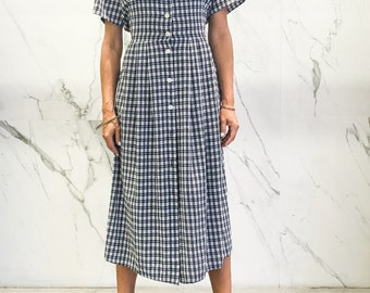 Vintage gingham dress / gingham dress / Emglish country style dress / long dress / maxi dress / S / M / belted dress / button down dress