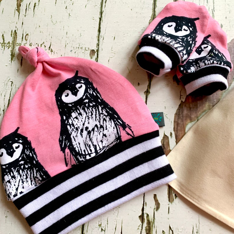 organic knotted hat baby gift baby hat newborn READY to SHIP Penguins hat /& mitts gift set penguins Baby clothes scratch mitts