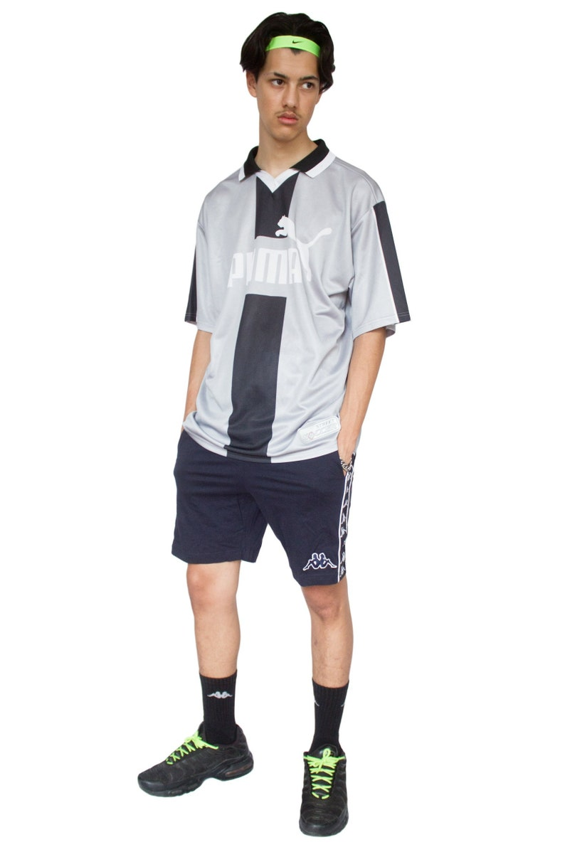 02828f8b5097 Vintage Y2K Grey Puma T-shirt XL