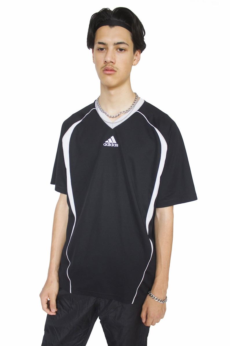 3522aaf10b11 Vintage Y2K Adidas V Neck T-shirt XL