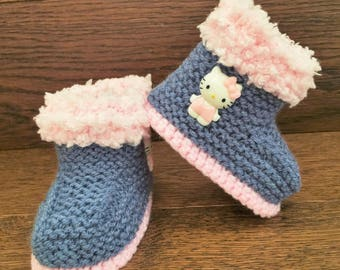 49555e8c7 Hand Knitted Baby Booties/Boots/Slippers/Shoes Denim Hello Kitty Pink Soft  Tops 0-12M UK Seller
