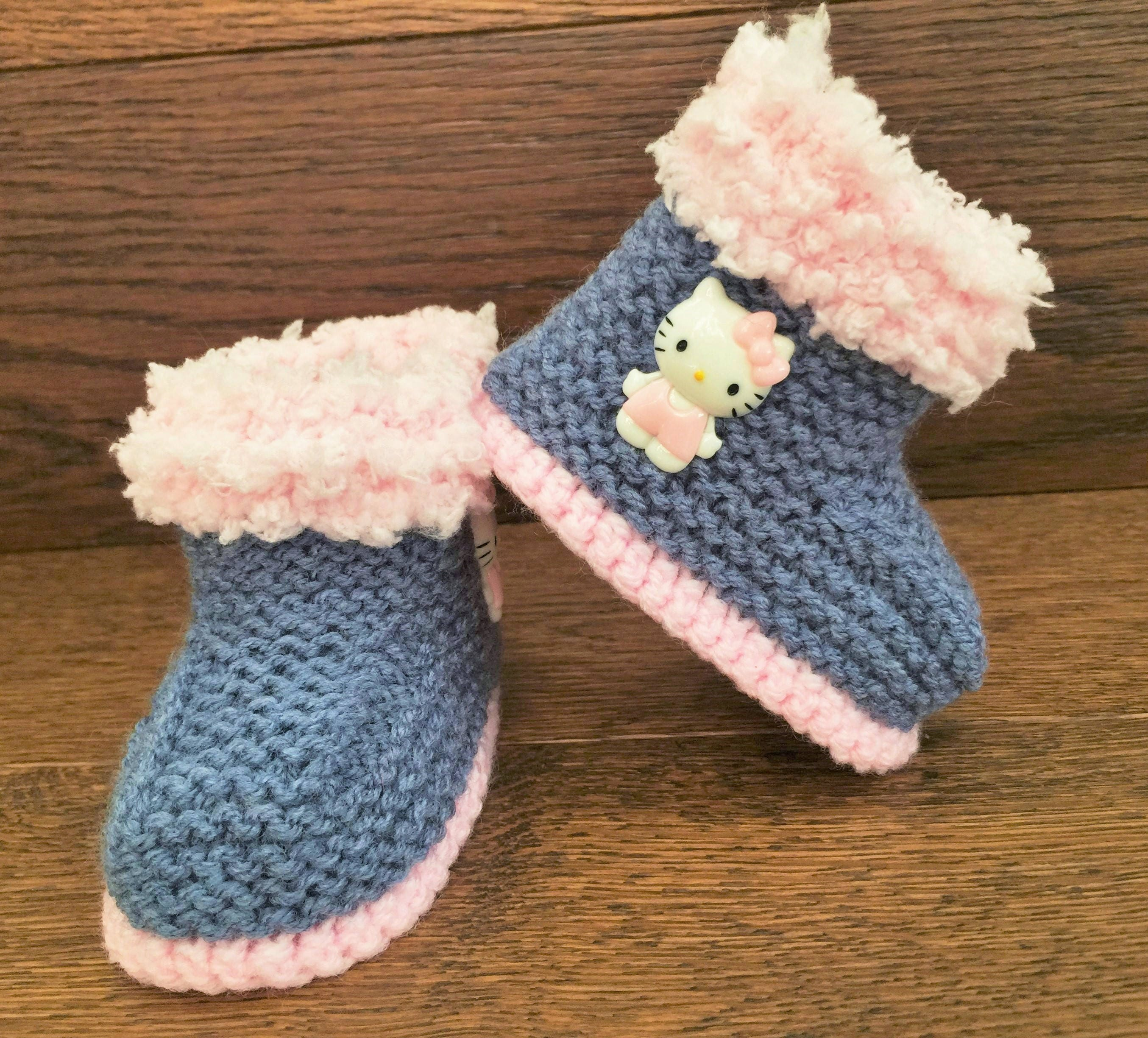 898fd16a90103 Hand Knitted Baby Booties/Boots/Slippers/Shoes Denim Hello Kitty Pink Soft  Tops 0-12M UK Seller