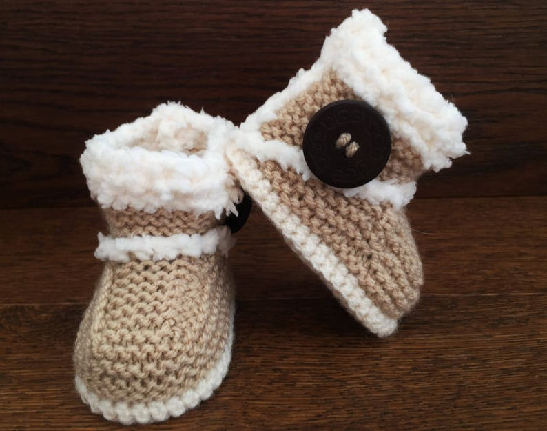 727a71b90535f Hand Knitted Baby Booties/Boots/Slippers/Shoes Ugg-elle Sheepskin Style  Wood Button Soft Tops 0-12M UK Seller