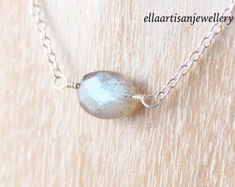 Labradorite Delicate Necklace in Sterling Silver, Gold or Rose Gold Filled. Dainty Blue Flash Gemstone Choker. Layering Jewelry for Women