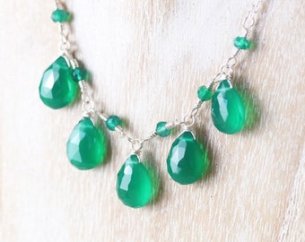 Emerald Green Onyx Wire Wrapped Bib Necklace in Sterling Silver, Gold or Rose Gold Filled, Semi Precious Gemstone Boho Jewelry for Women