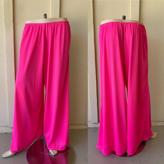 1960's Vintage Pajama Pants ~ Really Cute Nylon H… - image 1