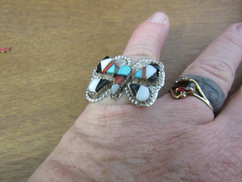 Antique Silver Turquoise Coral /& MOP ZUNI Ring Sz 6