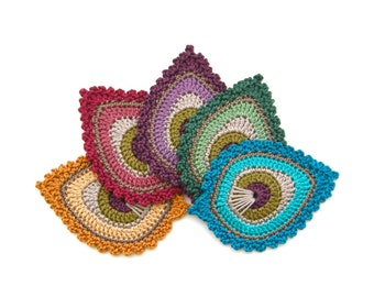 Crochet PATTERN Peacock Feather motif Java - BEGINNERS level - Original Design