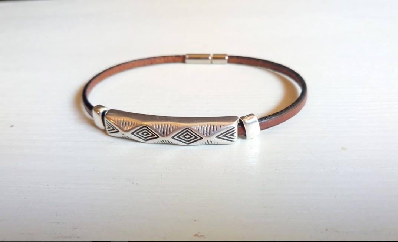 bracelet homme f te des p res cadeau anniversaire bracelet. Black Bedroom Furniture Sets. Home Design Ideas