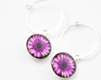 Daisy Flower Earrings / Silver Hoop Charm Earrings / Dangle Flower Earrings / Dainty Botanical Jewelry for Bridesmaid Gift