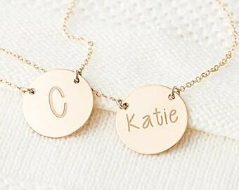 Erste goldene Scheibe Halskette Gold Monogramm Name Halskette, Halskette, benutzerdefinierte Initial, personalisierte Schmucksachegeschenk für Sie