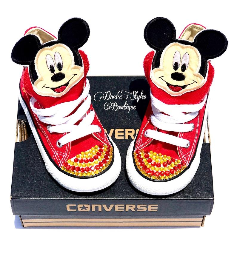 22cfe77f5d22e Mickey Converse Converse danniversaire anniversaire Mickey