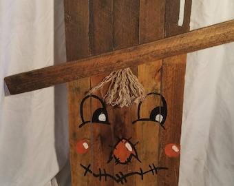 Wooden Pallet Scarecrow