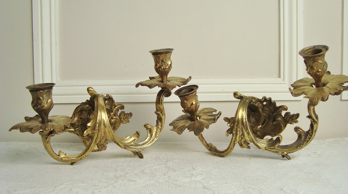 Pair antique candle sconces in rococo style in quality bronze French chateau decor - Eclairage