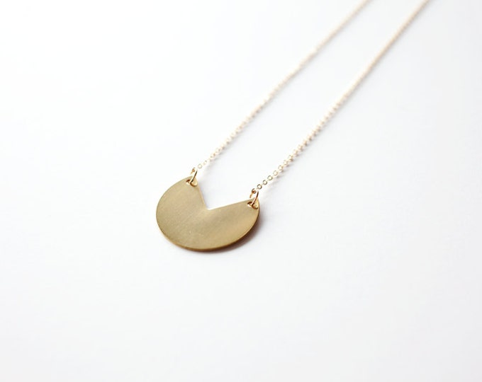 Slice of Life Necklace // Long Circle Necklace // Geometric Necklace // Circle Necklace // Minimal Geometric Necklaces // Layering Necklace