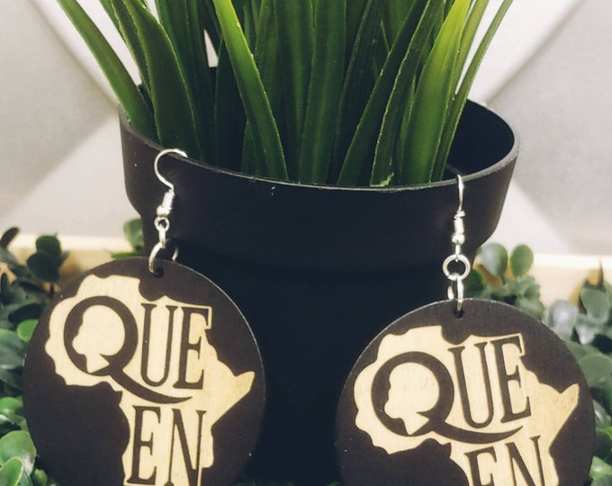 Queen! Wooden Earrings