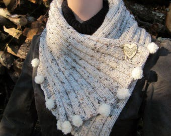 Hand-crafted button hand-knitted scarf collar