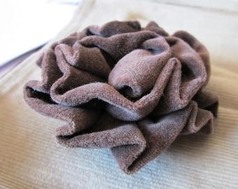 Brooch Bohemian velvet flower