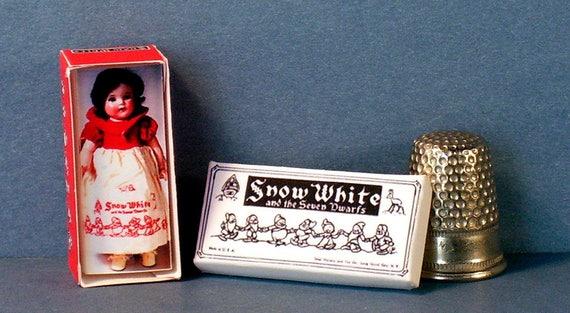 Dollhouse Miniature 1:12  Shirley Temple Doll Box 1930s dollhouse girl nursery