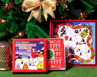 Its a Charlie Brown Christmas Game - Dollhouse Miniature 1:12 scale - Game Box and Game Board -  Dollhouse Christmas Peanuts Snoopy game toy