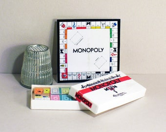 Monopoly Game 1955 - Dollhouse Miniature  1:12 scale - Dollhouse accessory - Game Box and Game Board - 1950s retro Dollhouse game toy